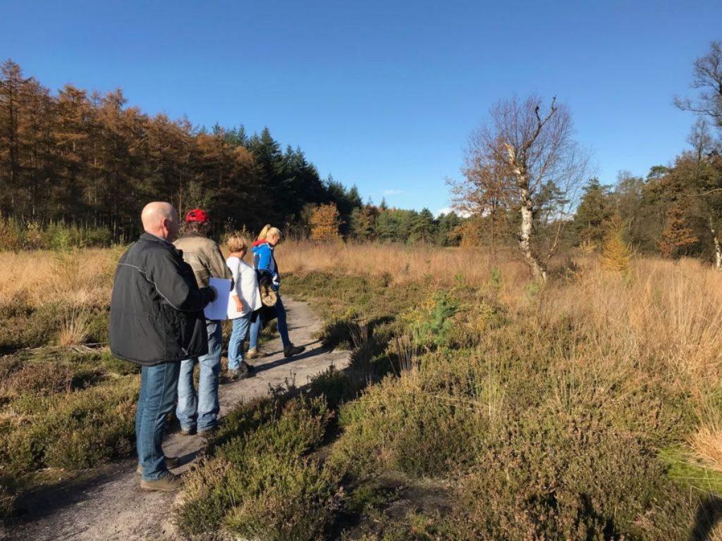 Wandelaar in de vrije natuur, Koningsdiep, Oldeberkoop 2016